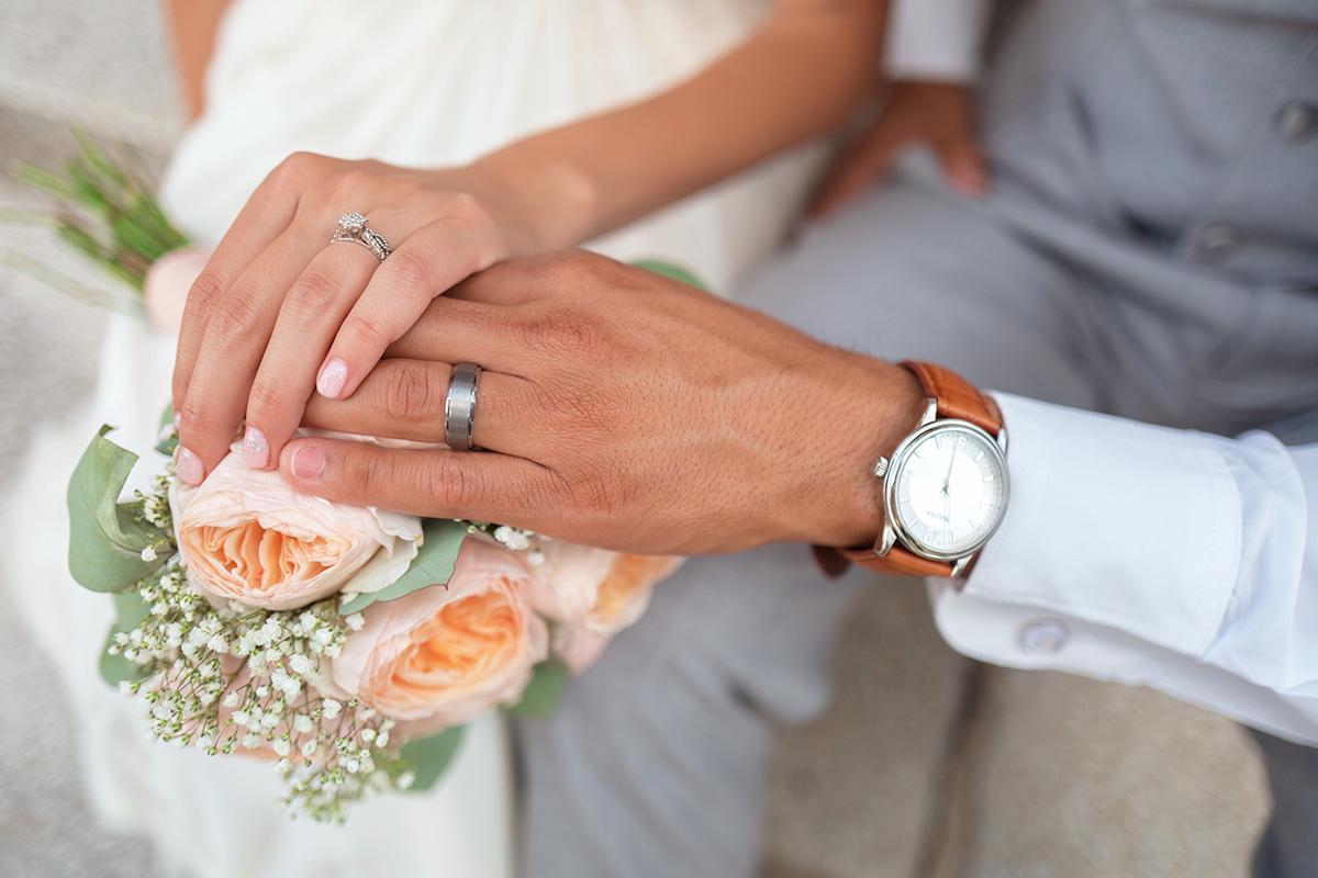 次の恋人と結婚したい。結婚相手に選ぶ運命の人の特徴を占いで明らかに。
